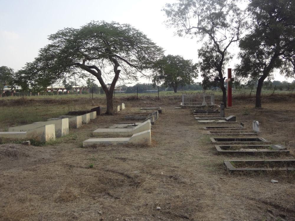 Mukti graveyard
